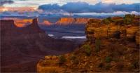 Last_light_at_Canyonlands_by_Bert_Schmitz.jpg