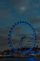 London_Eye_and_the_Moon_3190.jpg