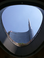 Milano_curves_-_J_Valeo.jpg