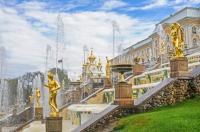 Ian_Peters_-_St_Peterhof_Fountains-0281.jpg